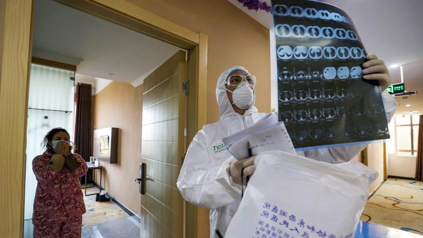 Dünya Sağlık Örgütü listeye ekledi! İşte koronavirüsün 13 yeni belirtisi