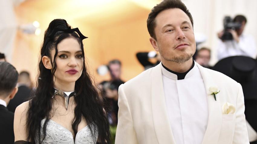 Elon Musk'ın sevgilisi ruhunu satışa çıkardı