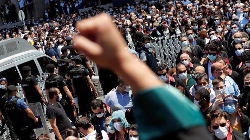 Avukatların protestosunu dünya böyle gördü