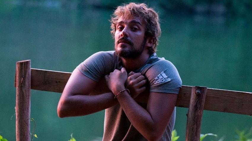 Survivor şampiyonu Cemal Can Canseven sakallarını kesti!
