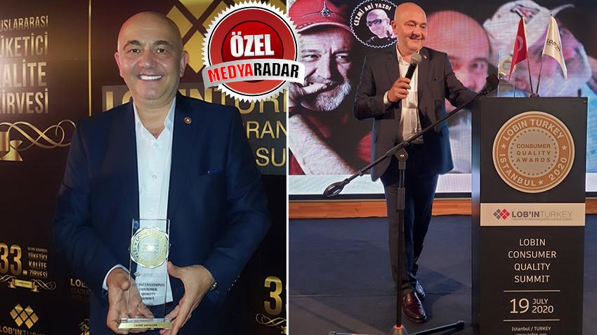 Medyaradar'a büyük övgü! Cezmi Abi'ye yılın internet medya yazarı ödülü!
