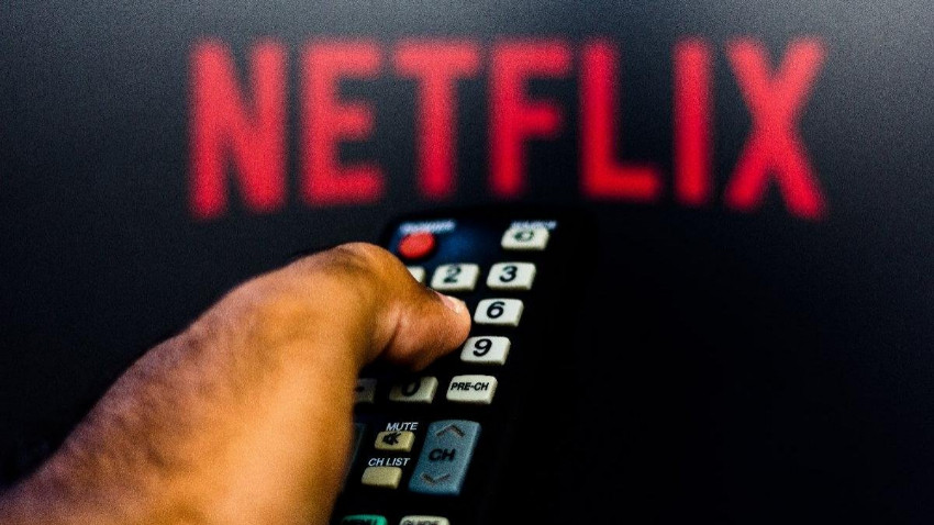 """Netflix'e yakın kaynak: Türk yetkililer """"Eşcinsel karakteri çıkarın"""" dedi"""