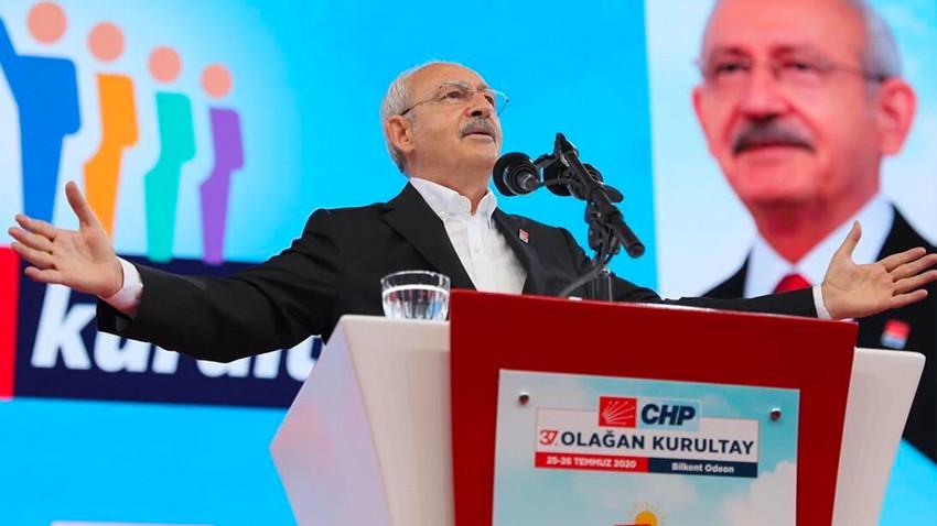 """Selvi'den Kılıçdaroğlu yorumu! """"Siyasi hayatının en rahat kurultayını yaptı"""""""
