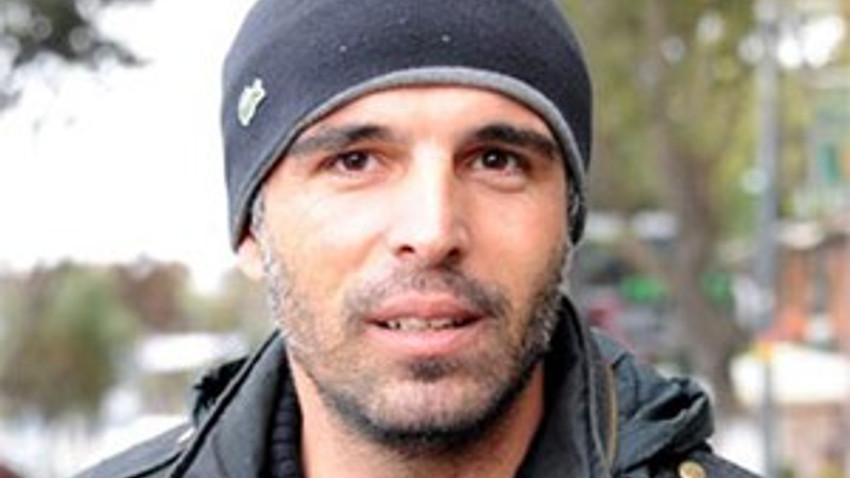 Ünlü oyuncu Mehmet Akif Alakurt  imaj değiştirdi!
