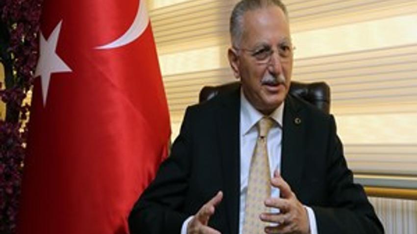 """İhsanoğlu ilk kez açıkladı: """"CHP'den de adaylık teklifi aldım"""""""