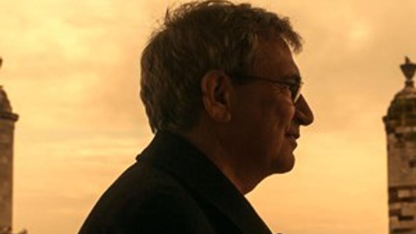 Tanınmış yazara 'Erdal Öz edebiyat ödülü'