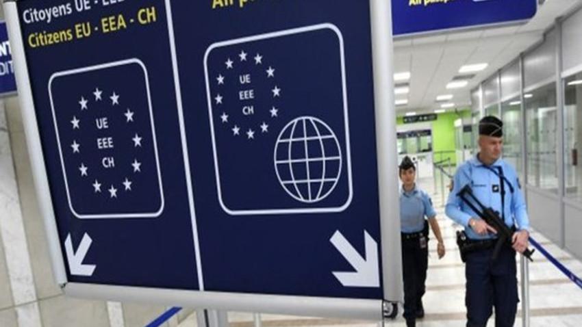 Telegraph gazetesi yazdı: Türkiye'ye vize muafiyeti terör riskini artırır!