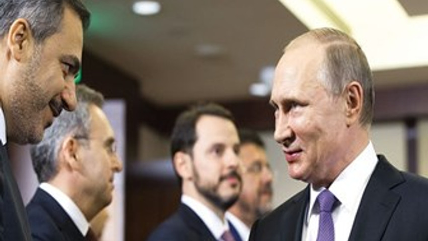 Cumhurbaşkanı Erdoğan Hakan Fidan'ı tanıttı, Putin espriyi patlattı!