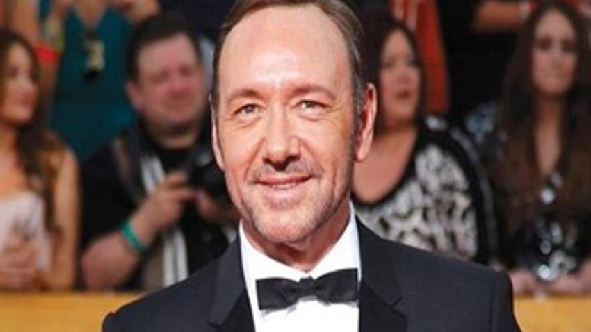 Ünlü aktör eşcinsel olduğunu itiraf etti: Bu gerçeklikle yüzleşmeliyim!