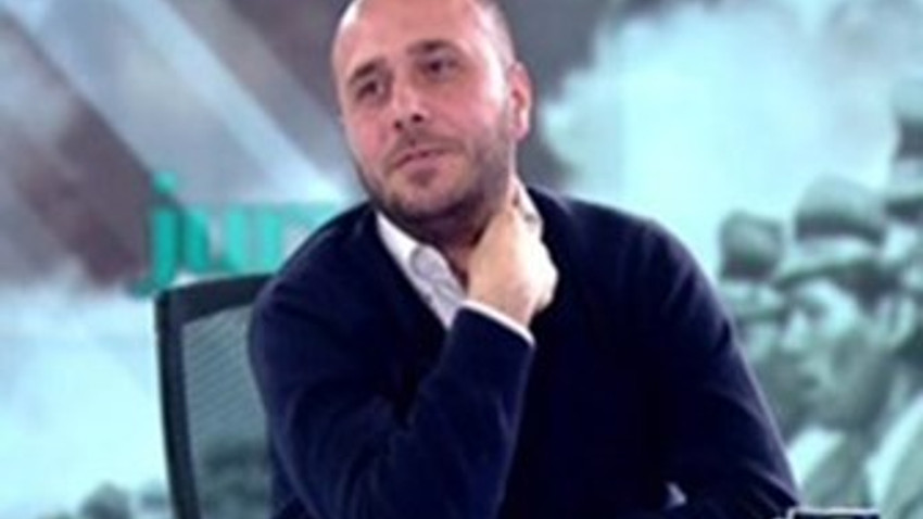 """Yıldıray Oğur Ertuğrul Özkök'ü şaşırttı! """"Cumhuriyet iddianamesine ilk vicdani isyan iktidar kanadından"""""""