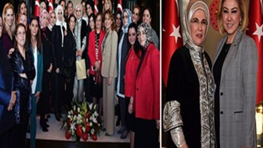 Emine Erdoğan'ın '8 Mart' daveti! Medya dünyasından hangi kadınlar katıldı?