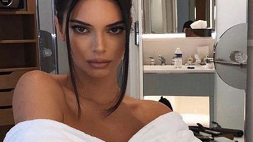 """Kendall Jenner'a kötü sürpriz! """"Kardashianları öldür"""""""