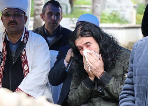 Murat Kekilli babasını gözyaşlarıyla uğurladı - Sayfa 3