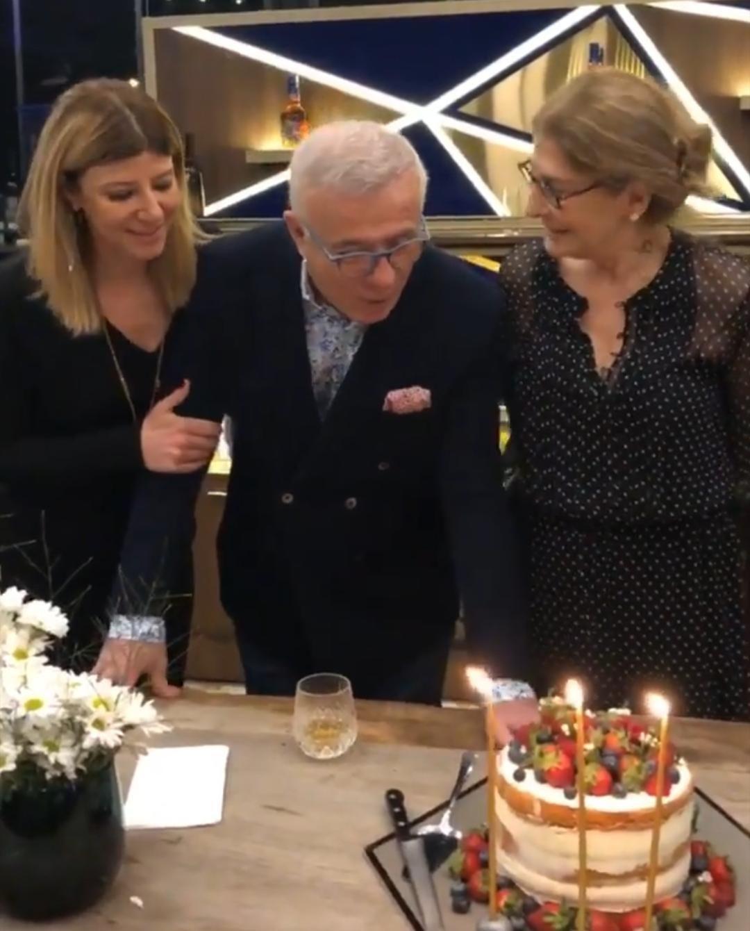 'Orta yaşlı' Ertuğrul Özkök 72'nci yaşını kutladı! - Sayfa 3