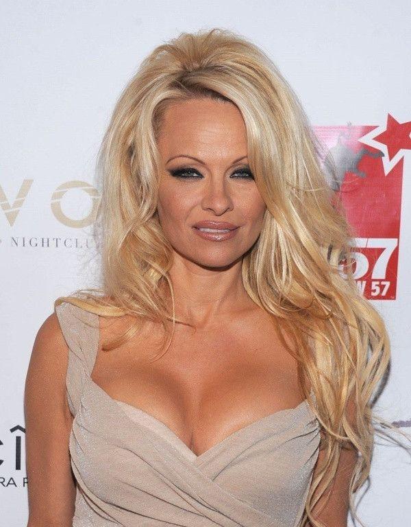 Pamela Anderson'dan Julian Assange tepkisi! - Sayfa 2