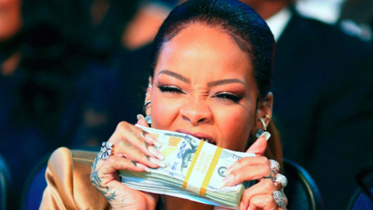 Dünyanın en zengin kadın müzisyeni Rihanna seçildi! - Sayfa 1