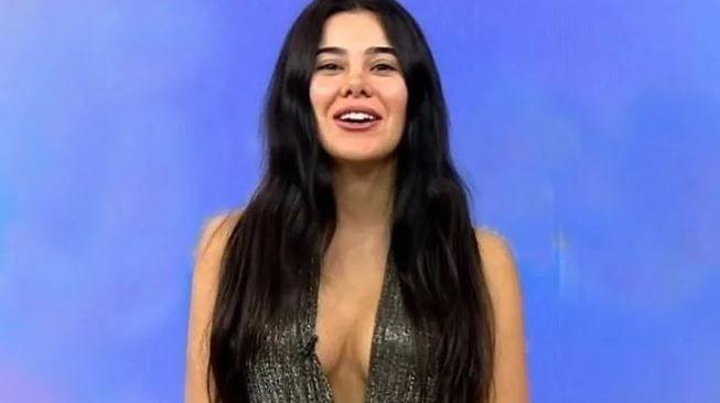 Asena Atalay bikinili pozlarıyla döndü! - Sayfa 1