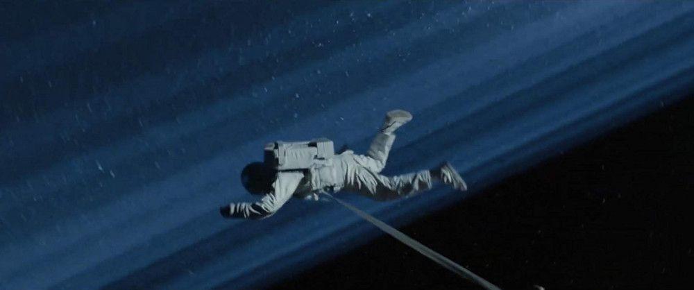 Brad Pitt, uzaydaki astronotla röportaj yaptı - Sayfa 2