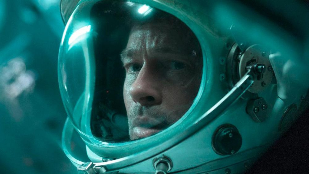 Brad Pitt, uzaydaki astronotla röportaj yaptı - Sayfa 3