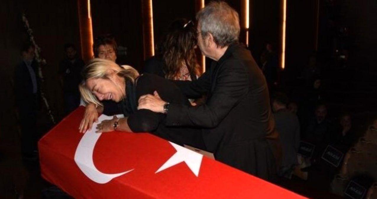Tarık Ünlüoğlu'nun cenaze töreninde büyük ayıp! Selçuk Yöntem'in parasını çaldılar - Sayfa 2