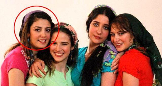 Güzel oyuncu iç çamaşırlı fotoğrafını paylaştı! - Sayfa 1