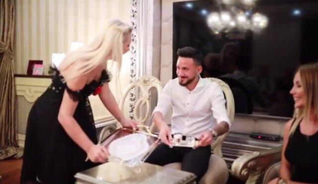 Selin Ciğerci ve Gökhan Çıra nişanlandı! - Sayfa 2