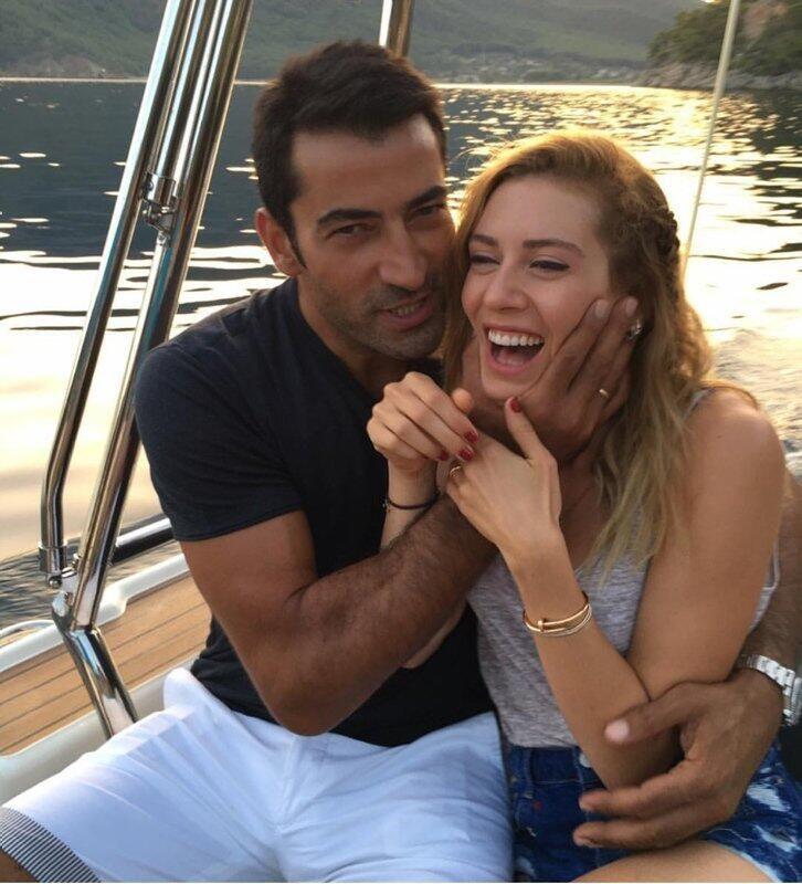 Sinem Kobal'dan 'aşk' paylaşımı! - Sayfa 1