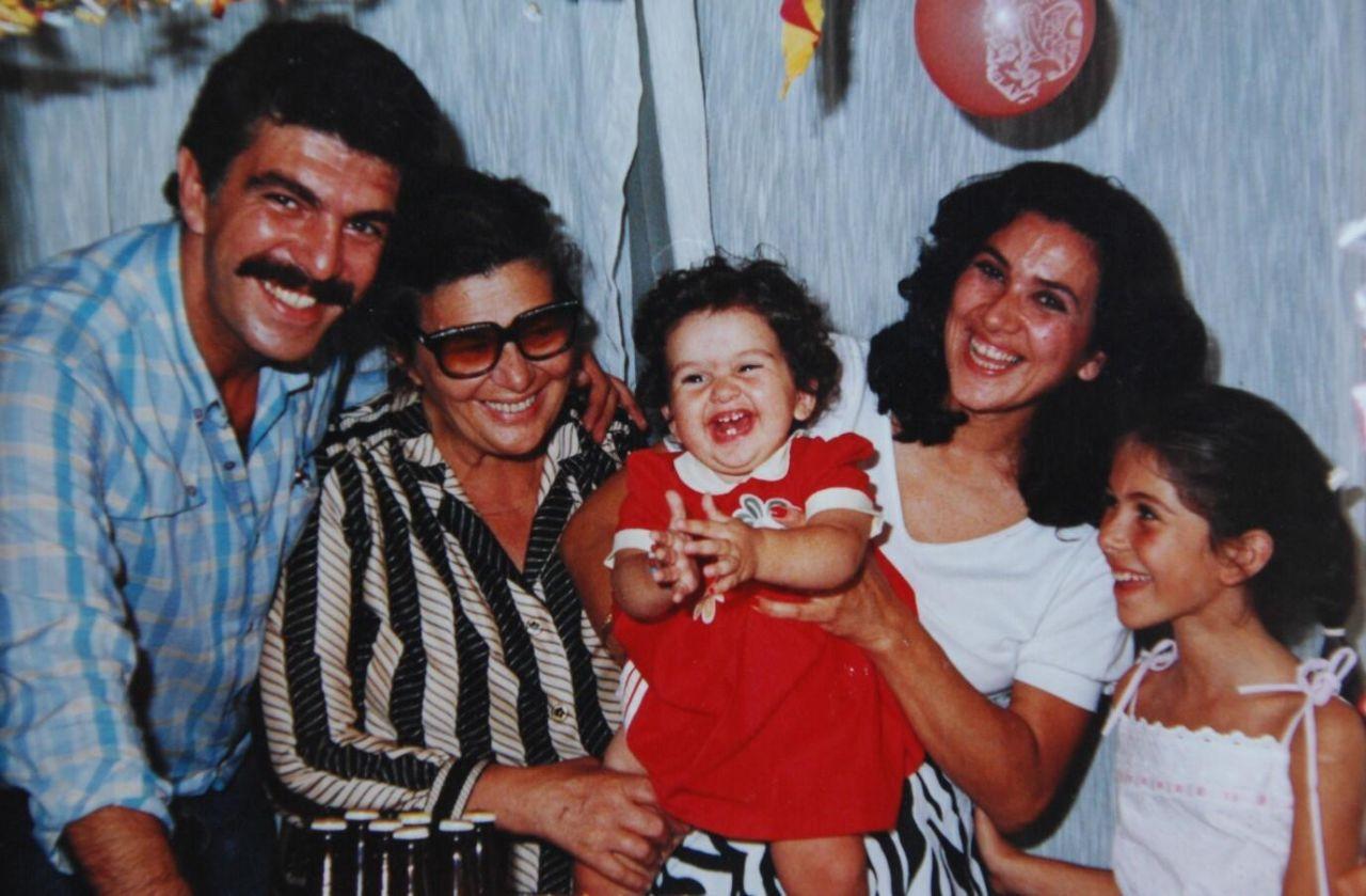 Zeynep Korel'den şoke eden açıklamalar: 30 yaşında annemden dayak yedim! - Sayfa 2