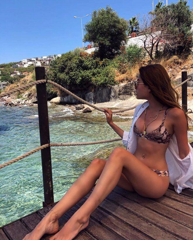 Güzel oyuncu havuz pozuyla büyük beğeni topladı! - Sayfa 3