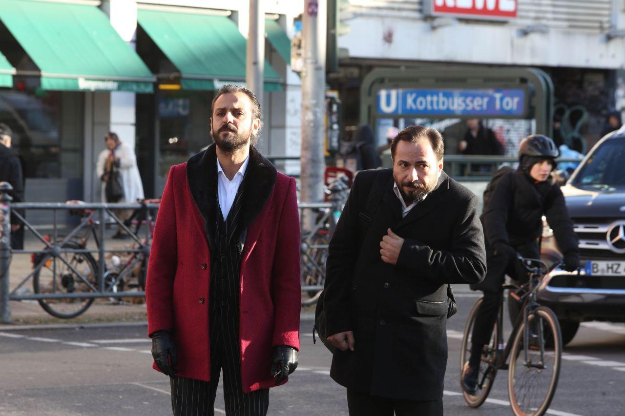 'Çukur'dan Almanya çıkarması! Vartolu ve Medet Berlin sokaklarında! - Sayfa 4