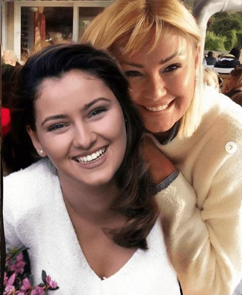 Pınar Altuğ'dan Instagram'ı sallayan paylaşım! - Sayfa 2