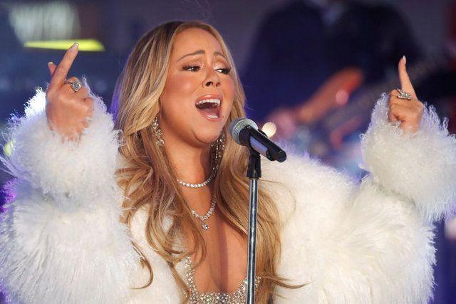 Mariah Carey'e büyük şok! Çıplak fotoğrafları paylaşıldı! - Sayfa 3