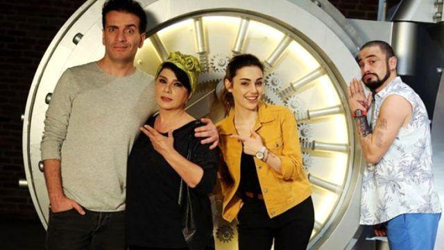 Ahmet Kural'ın yeni filmine Sıla engeli! Kadınlar resti çekti - Sayfa 1