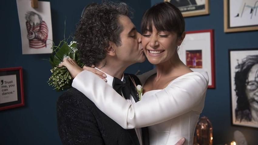Sıla Gençoğlu ve Hazer Amani evlendi! İşte ilk fotoğraflar...