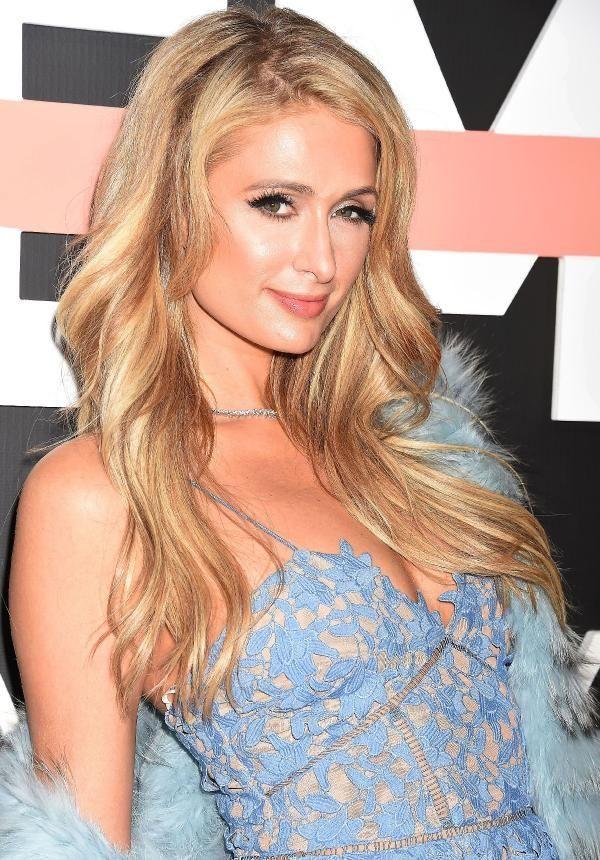 Paris Hilton ve Şafak Sezer bir araya geliyor! İşte nedeni! - Sayfa 11