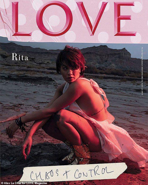 Rita Ora kendini aştı! Bu sefer tamamen üstsüz - Sayfa 2