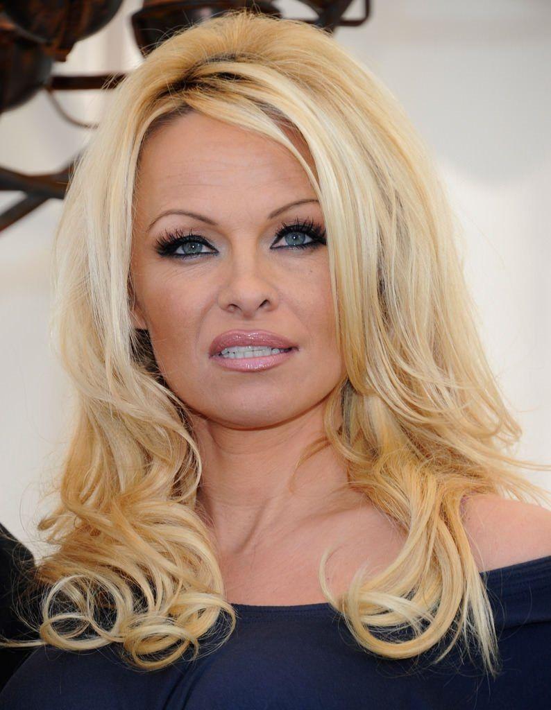 Pamela Anderson 12 gün evli kaldı borçlarını ödetip terketti - Sayfa 1
