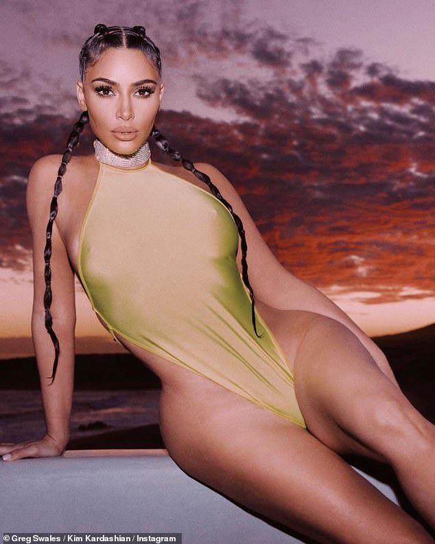 Kim Kardashian'dan mayolu paylaşım! - Sayfa 4
