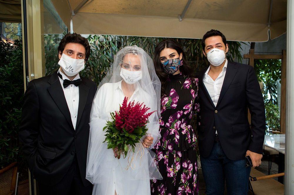 Koronavirüs engel olamadı; evlendi! İşte maskeli nikah fotoğrafı... - Sayfa 1