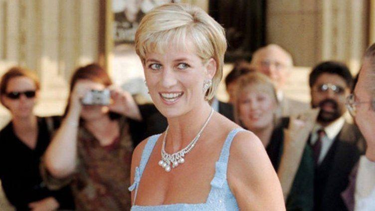 Lady Diana'yı Kraliyet mi öldürdü? Dünyayı sarsacak 'tecavüz kasedi' iddiası - Sayfa 1