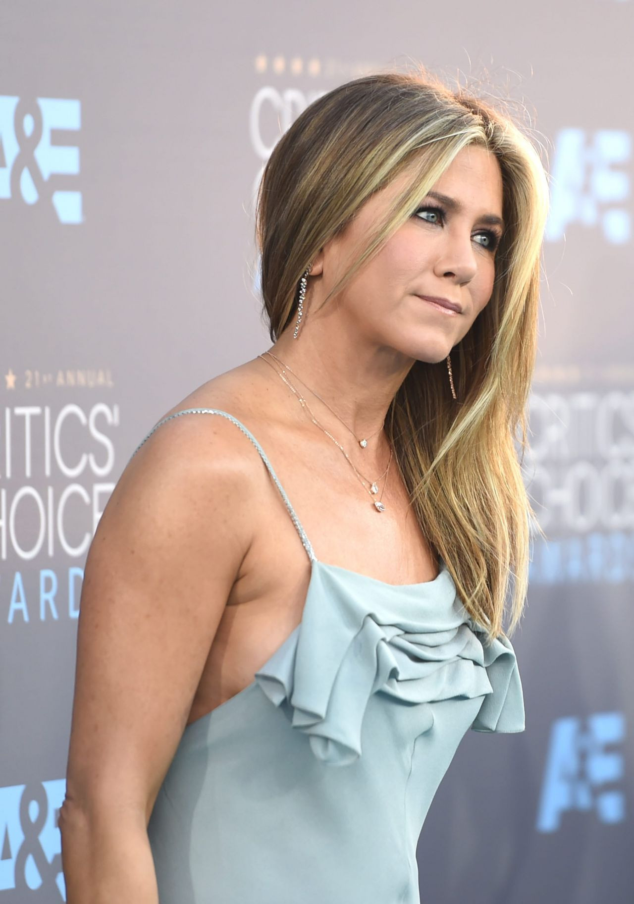 Jennifer Aniston çıplak fotoğrafını açık artırmaya çıkardı! - Sayfa 3