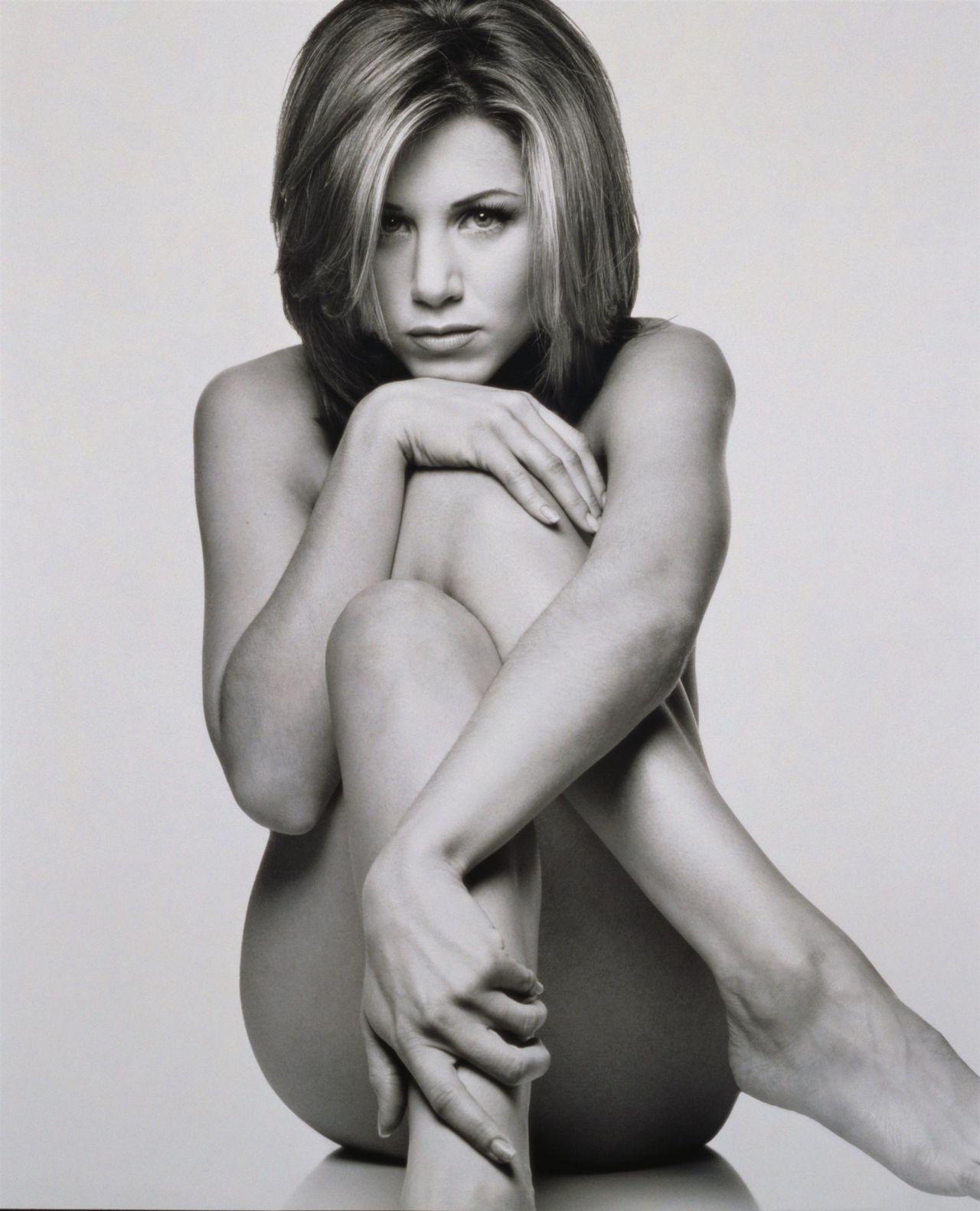 Jennifer Aniston çıplak fotoğrafını açık artırmaya çıkardı! - Sayfa 2
