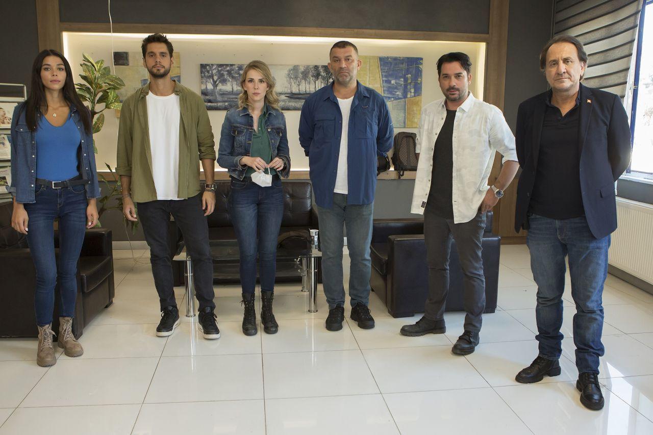 Arka Sokaklar kadrosuna üç yeni oyuncu! 15. sezondan ilk kareler paylaşıldı - Sayfa 3