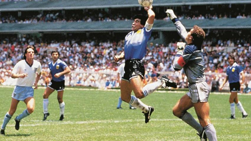 Maradona nasıl Tanrının Eli oldu?