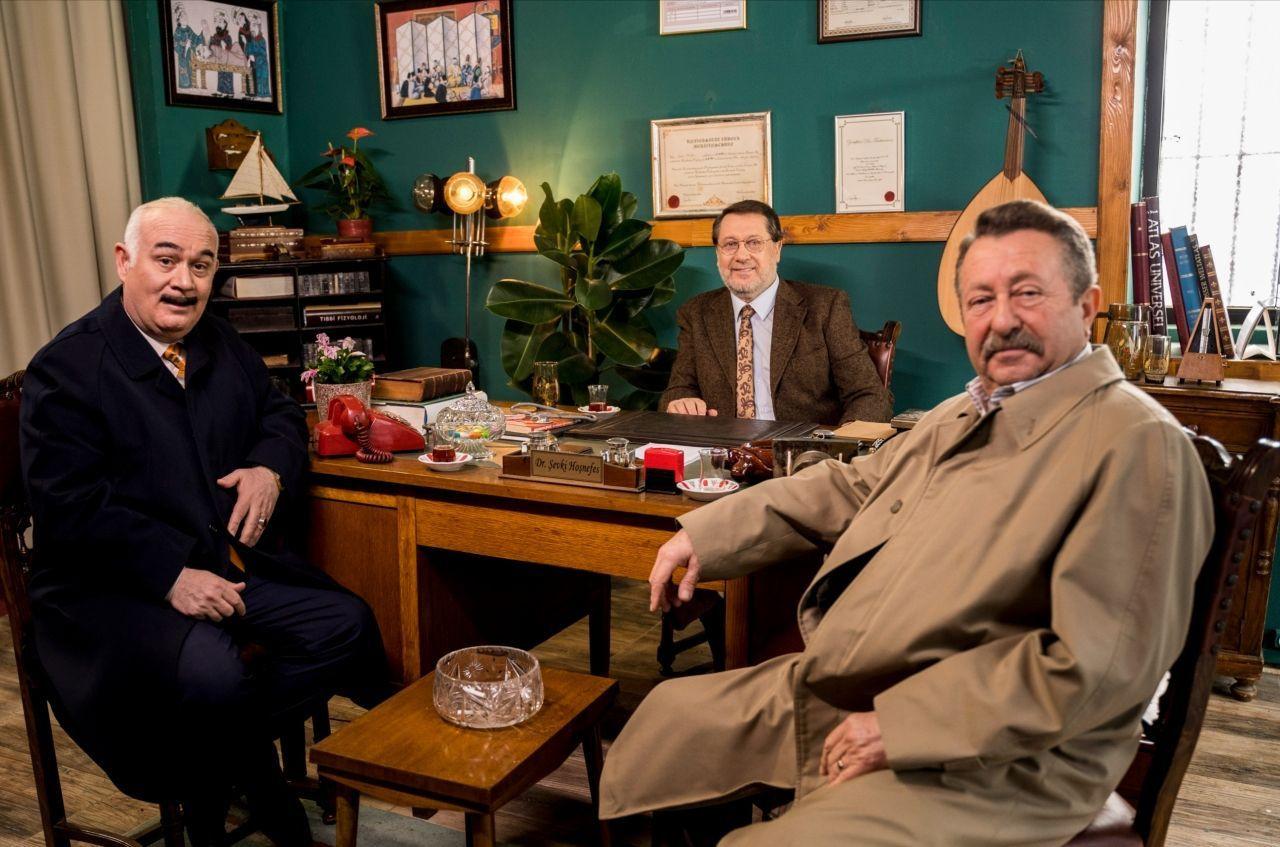 Ahmet Özhan 39 yıl sonra ekrana dönüyor! Hangi dizide rol alacak? - Sayfa 2