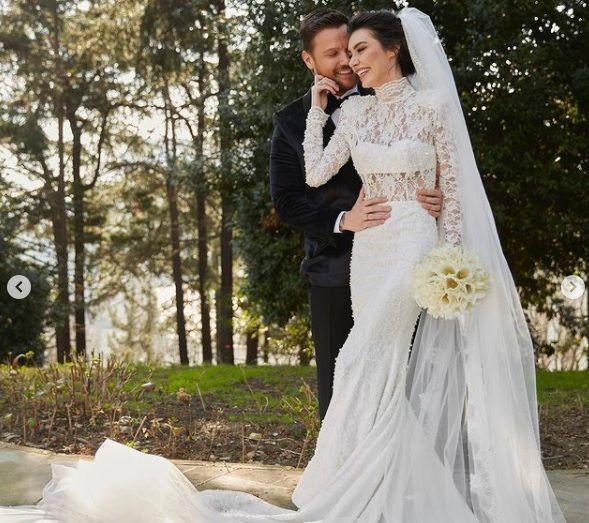Burcu Kıratlı ile Sinan Akçıl yeniden evlendi - Sayfa 2