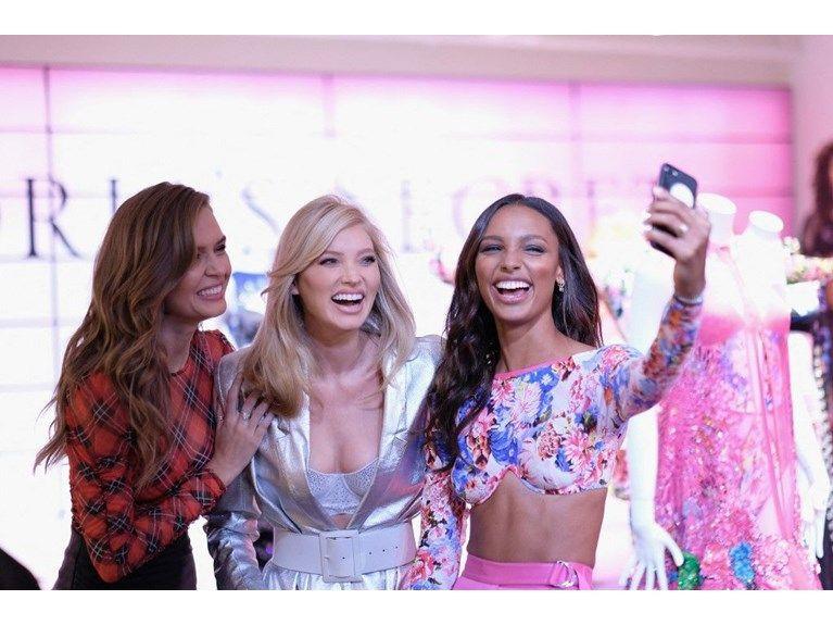 Victoria's Secret belgeseli geliyor - Sayfa 1