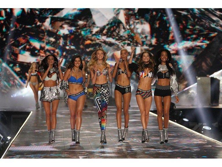 Victoria's Secret belgeseli geliyor - Sayfa 4