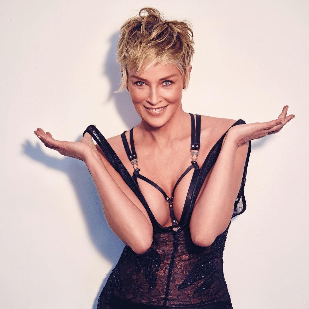 """Sharon Stone'yi şoke eden olay! """"Doktor izin almadan göğüslerimi..."""" - Sayfa 2"""
