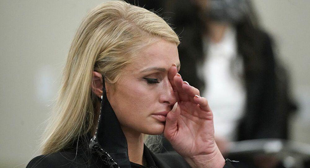 Paris Hilton yıllar sonra itiraf etti! 'Yatılı okulda istismara uğradım!' - Sayfa 4